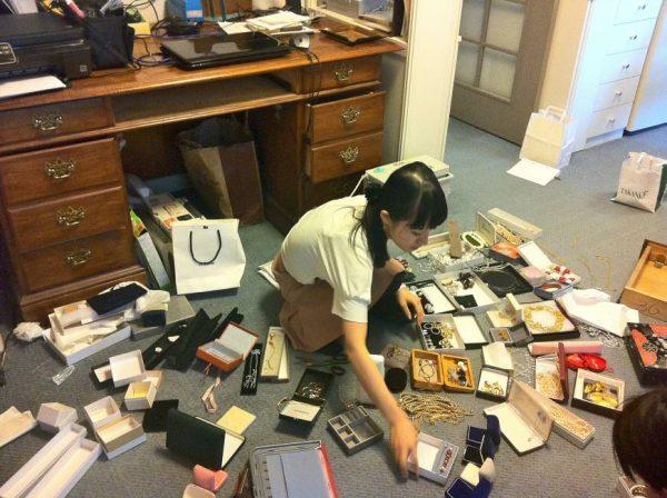 marie-kondo-tidying-up-e1469117083950
